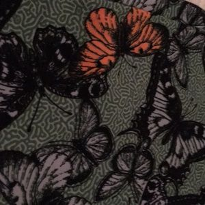 Lularoe Butterfly and More Butterflies Skirt 2X